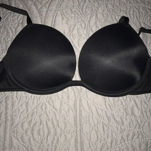 PINK Victoria's Secret Super Push-Up bra